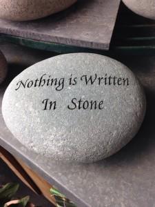 nothing-is-written-in-stone-527756_960_720